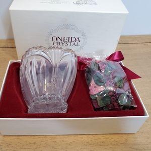 Vintage Oneida Augustina Crystal Petal Bowl
